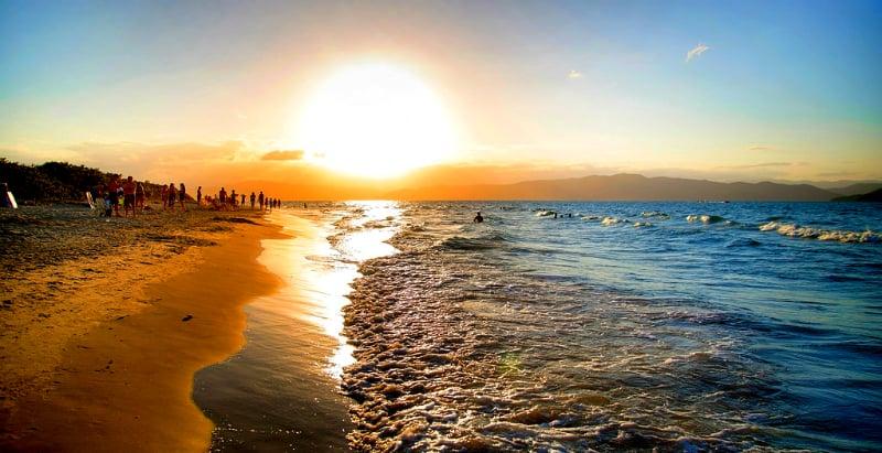 Pontos turísticos: Praia da Daniela