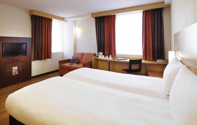 Hotéis bons e baratos em Curitiba