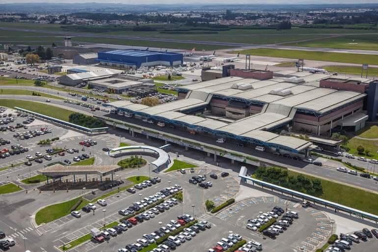 Como ir do aeroporto de Curitiba até o centro turístico