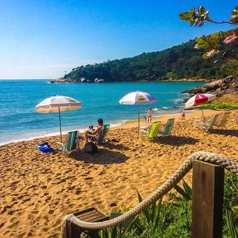 Praia de Taquaras em Balneário Camboriú