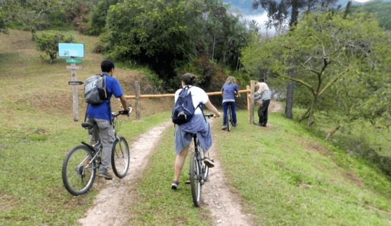 Parque das Nascentes em Blumenau: Passeio de bike