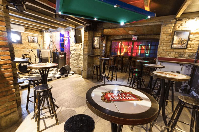 Don Pub para aproveitar a noite em Blumenau