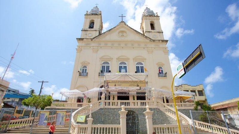 Catedral Metropolitana próximo ao Museu Théo Brandão de Antropologia e Folclore em Maceió