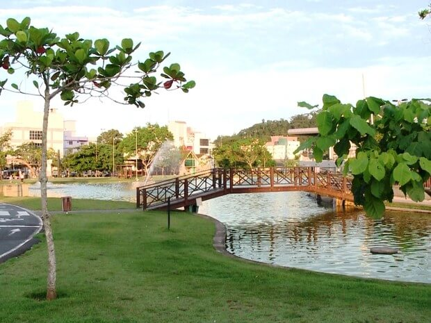 Parque Ramiro Ruediger em Blumenau: Ponte