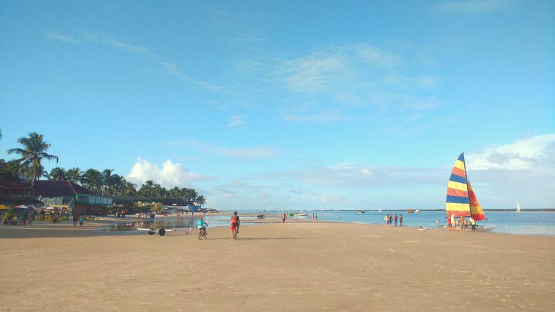Curtir o dia na praia do Francês em Maceió