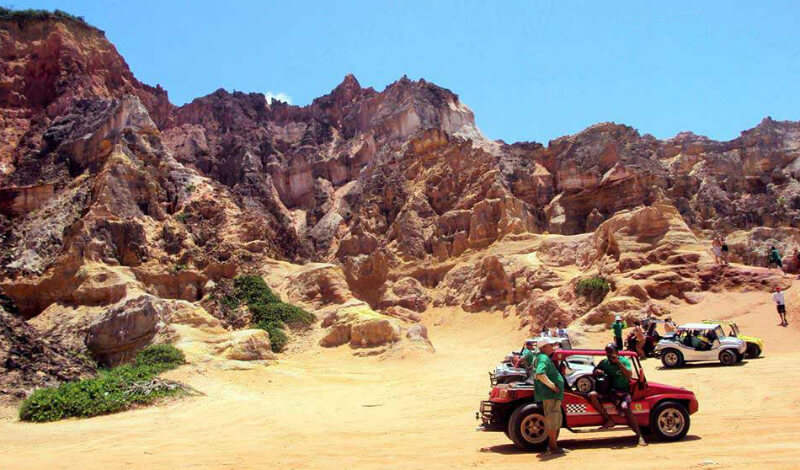 Passeio de buggy pelas falésias da praia do Gunga em Maceió