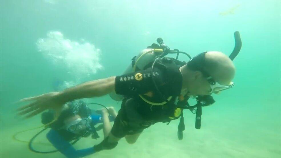 Deficientes físicos em Maceió: Mergulho acessível
