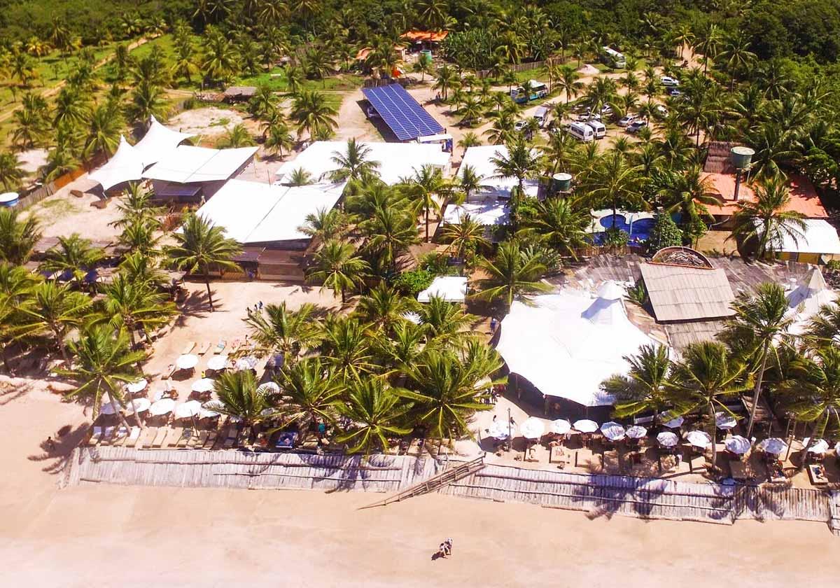 Vista aérea do Hibiscus Beach Club em Maceió