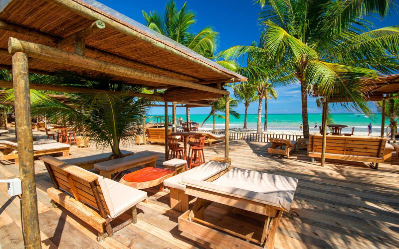 Área de lazer do Hibiscus Beach Club em Maceió