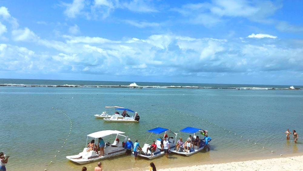 Como chegar de barco na praia do Gunga em Maceió