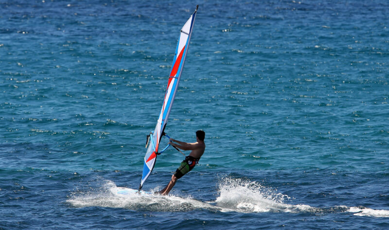 Windsurf na praia da Sereia em Maceió