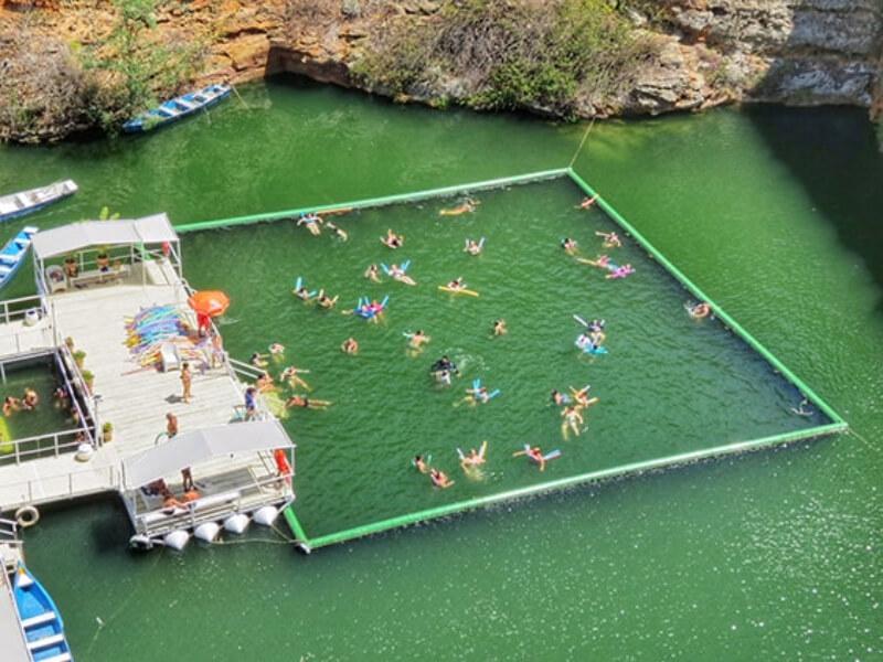 Ponto de mergulho nos Cânions do Rio São Francisco em Maceió