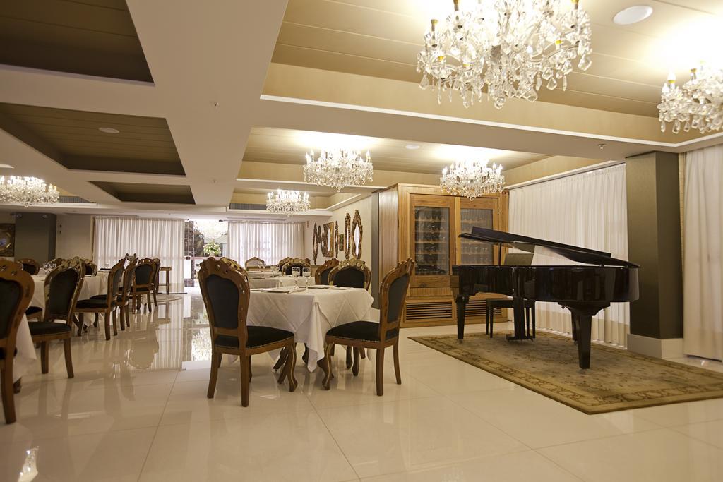 Hotéis de luxo em Natal: Restaurante do Best Western Premier Majestic Ponta Negra Beach